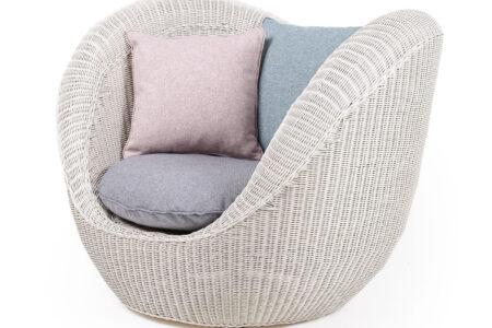 movida armchair bianco wash with premium cushions